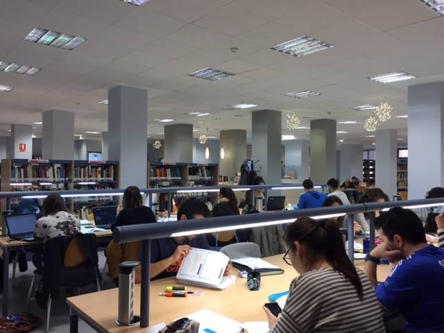 La Biblioteca Pública Municipal Fermín Limorte recibe un premio del Ministerio de Educación