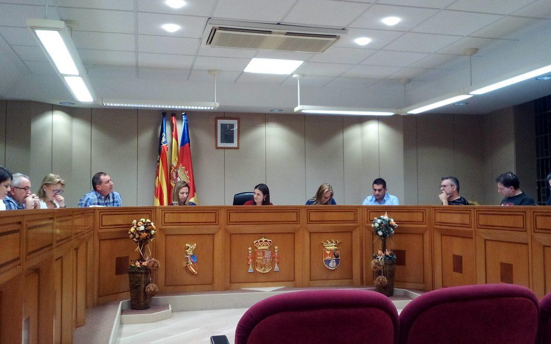 El pleno del Ayuntamiento de Albatera decide bajar el IBI para el 2018