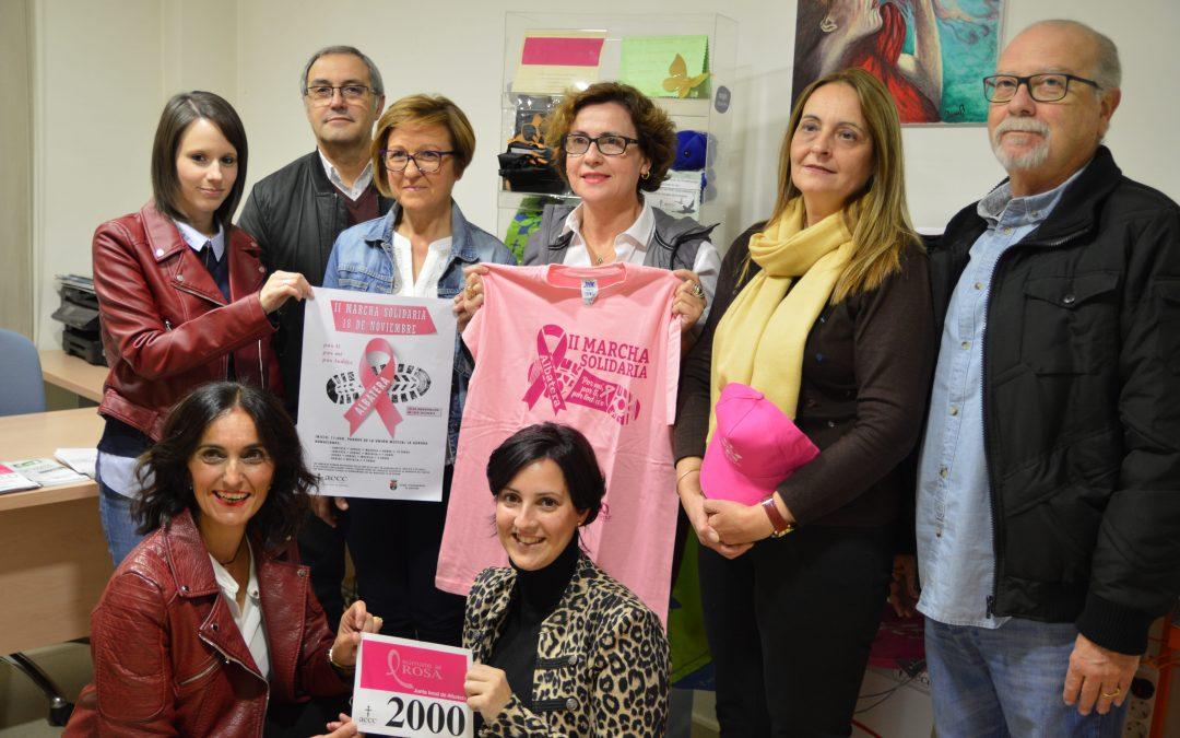 Albatera se tiñe de rosa para apoyar la lucha contra el cáncer de mama en la II Marcha Solidaria