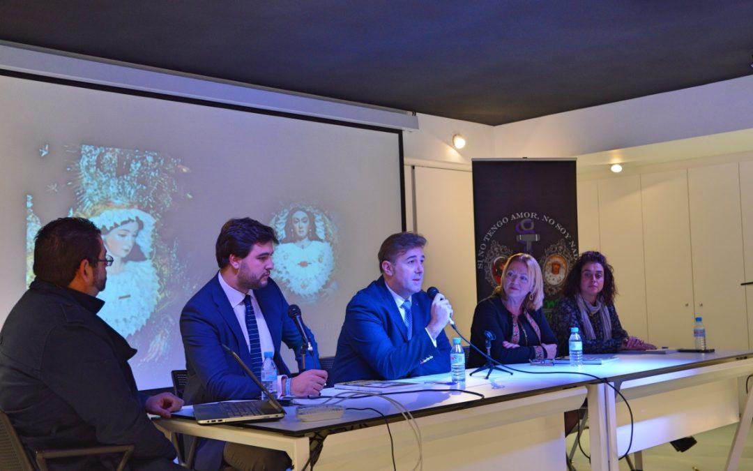 La concejal de Cultura, Mari Carmen Ferrández, participa en las actividades programadas por la Hermandad de la Virgen de la Esperanza de Albatera
